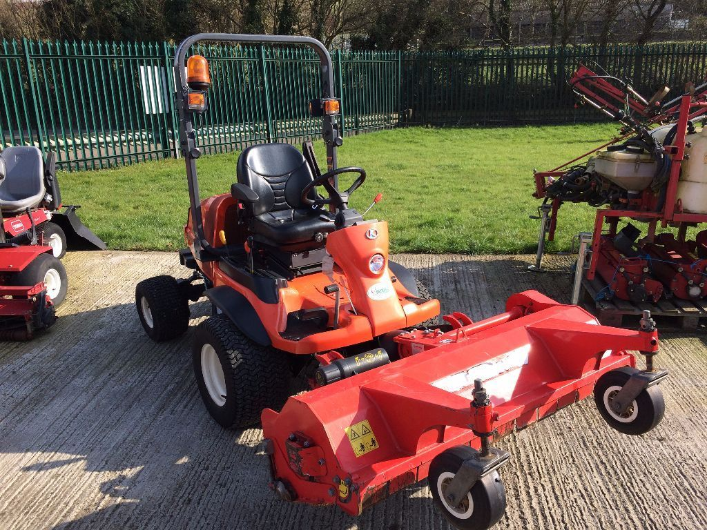 George Browns | Kubota F3890 c/w Out Front c/w Flail Deck - George